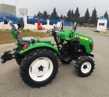 Mini traktor 24